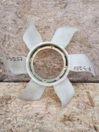 Вентилятор охлаждения Mitsubishi Pajero 3 4M41 ME298542