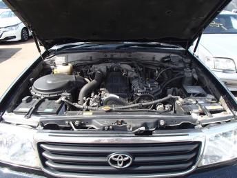 Автомобиль на запчасти Toyota Land Cruiser 100 1HD