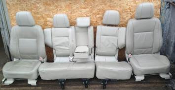 Сиденье Mitsubishi Pajero 4 5D Кожа Бежевый 223 6911A365YA