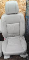 Сиденье Mitsubishi Pajero 4 5D Кожа Бежевый 6911A365YA
