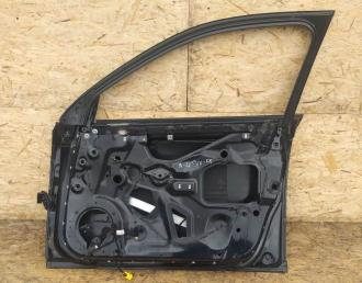 Дверь Audi A4 B7 05-08гг. перед. прав.  8E0831052J