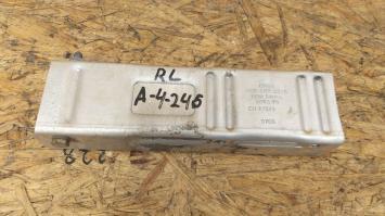 Кронштейн бампера Audi A4 B7 заднего  8E0807331B/8E0807332B 8E0807331B/8E0807332B