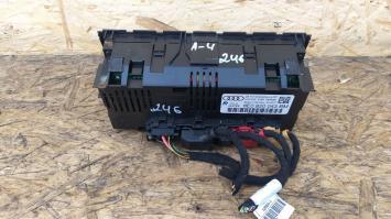 Блок управления кондиционером Audi A4 B7  8E0820043BM