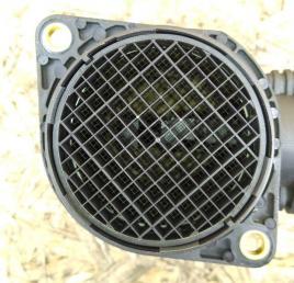 Расходомер воздуха Audi A4 B7 2005-2008 06A906461L