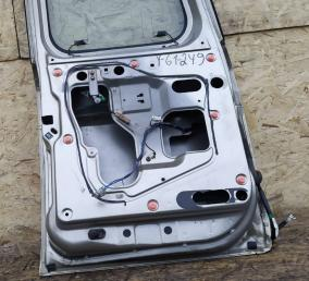 Крышка багажника Nissan Patrol Y61 лев рест K0101-VD2AM