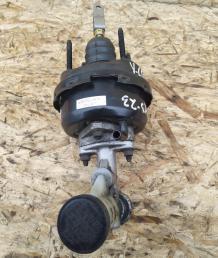 Вакуумный усилитель сцепления Nissan Patrol Y61 30630-VB000