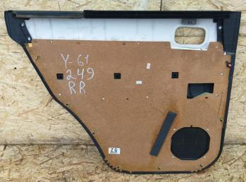 Обшивка двери Nissan Patrol Y61 зад рестайлинг 82901-VD280