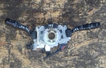 Переключатель подрулевой Lexus GX470 84310-6B220