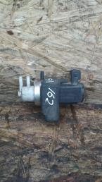 Клапан вакуумный управления турбиной Nissan Navara D40 / НИССАН 14956-EB300