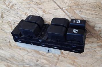 Блок управления с/подъемника Suzuki Escudo 37990-64J00