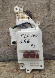 Блок предохранителей салонный TLC 100/LX470 левый 82733-60131
