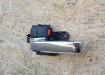 Ручка двери Toyota Land Cruiser 200 внутренняя 69206-60150