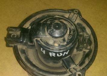 Мотор отопителя Toyota 4Runner 130 87103-17020