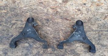 Рычаг передний нижний Pathfinder R51, Navara D40