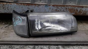 фара Nissan Prairie 11024269