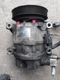 Компрессор кондиционера на VQ20 Nissan Cefiro A32 9260031U60