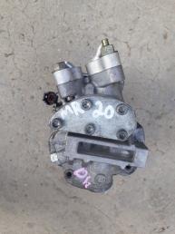 Компрессор кондиционера MR20 Nissan Bluebird  92600EW600