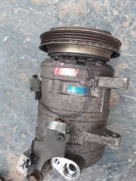 Компрессор кондиционера SR20 Nissan Serena C23 926005C004