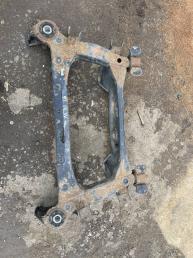 Балка задняя Toyota Mark II