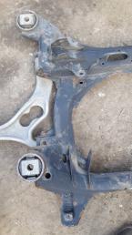 Подрамник Audi Q7/ Cayenne/ Touareg 7L0499314A
