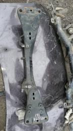 Балка  Toyota Aristo 161 51201-30120