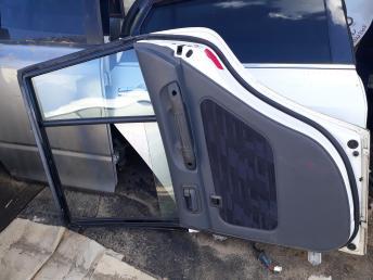 Дверь Toyota Rav4 SXA11