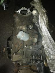 Блок двигателя F8 Mazda Capella