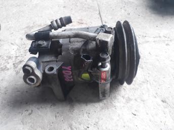 Компрессор кондиционера Nissan X-Trail T30 506021-5421