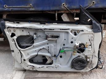 Дверь Subaru Legacy Outback B12