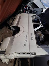 Крыло  Toyota HiAce 200