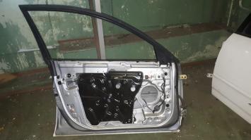 Дверь  Nissan Primera P12