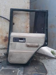 Дверь задняя правая Jeep Cherokee XJ