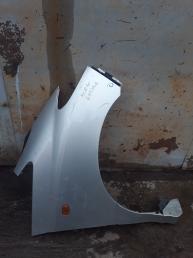 Крыло Toyota Previa /Estima