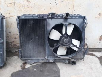 Радиатор 4D68 Mitsubishi Space wagon/Chariot DO8W