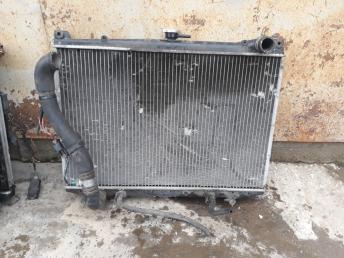 Радиатор Nissan Mistral