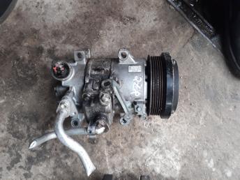 Компрессор кондиционера 2ZR Toyota 4472601494