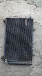 Радиатор кондиционирования Toyota Ist  NCP65