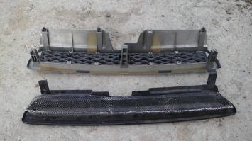 Решетка радиатора  Subaru Legacy BG