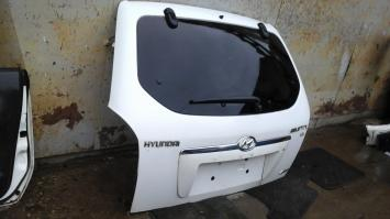 Крышка багажника  Hyundai Tucson 1