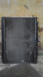 Радиатор  Nissan Serena C24