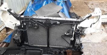 Телевизор (передняя панель) Toyota Crown 175