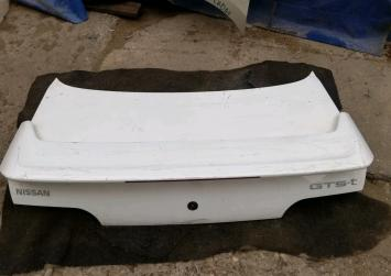 Крышка багажника Nissan Skyline 32