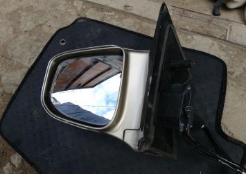 Зеркало Nissan Elgrand E51