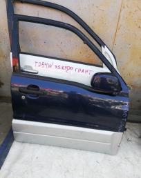 Дверь Suzuki Escudo Vitara TD62