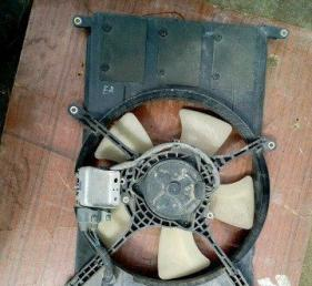 Вентилятор радиатора Mitsubishi Galant EA