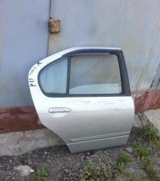 Дверь задняя правая седан Ниссан Примера Р11
