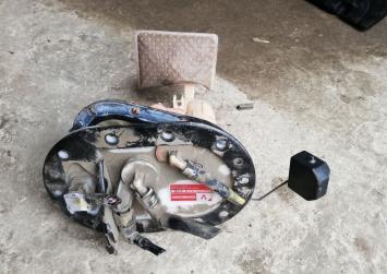 Топливный модуль Subaru Legacy BH5