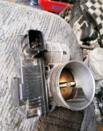 Дроссельная заслонка Nissan Presage U31 QR25DE
