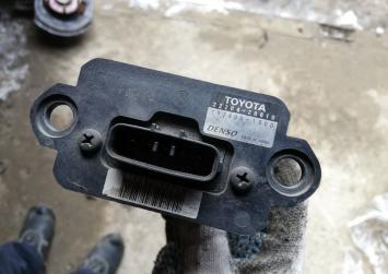 Расходомер Toyota