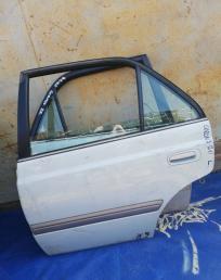 Дверь задняя Toyota Corona AT211